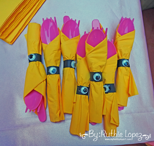 Minion Girl Birthday Party - Cakepops - SnapDragon Snippets - Ruthie Lopez - My Hobby My Art 11