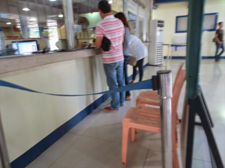 フィリピン運転免許証の写真撮影椅子