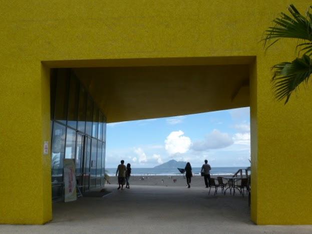 TAIWAN.Toucheng .musée du crabe situé au Pei Kan Resort, surfers,maison Japonaise du chef de gare - P1080821.JPG