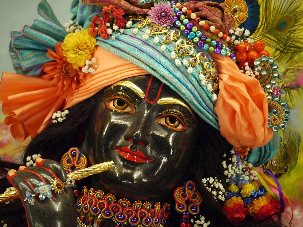 ISKCON Hungary Deity Darshan 14 Oct 2016 (3)