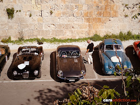 XK120 and Etype in pits