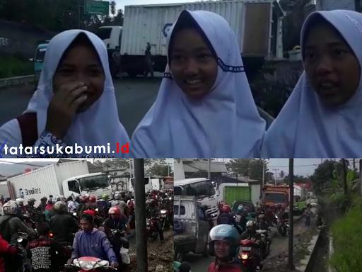 Kendaraan Mengular Sepanjang Jalan Sukabumi - Cibadak, Pelajar Jalan Kaki