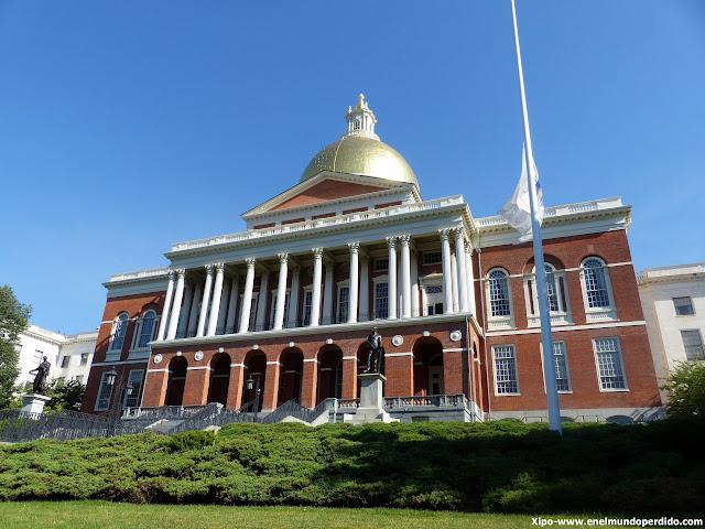 state-house-boston.JPG