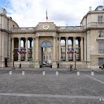 Assemblée nationale : entrée de la Cour d'honneur