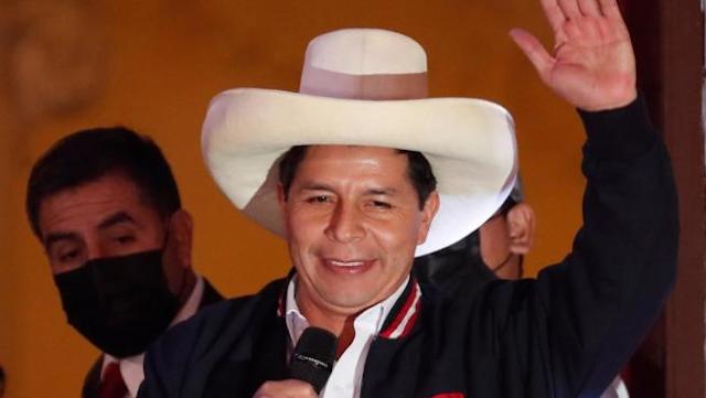 Pedro Castillo tiene ocho días para preparar traspaso de poderes y asumir la Presidencia