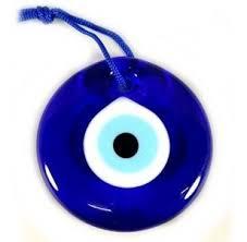 Simpatias e formas  diferentes de usar o olho grego