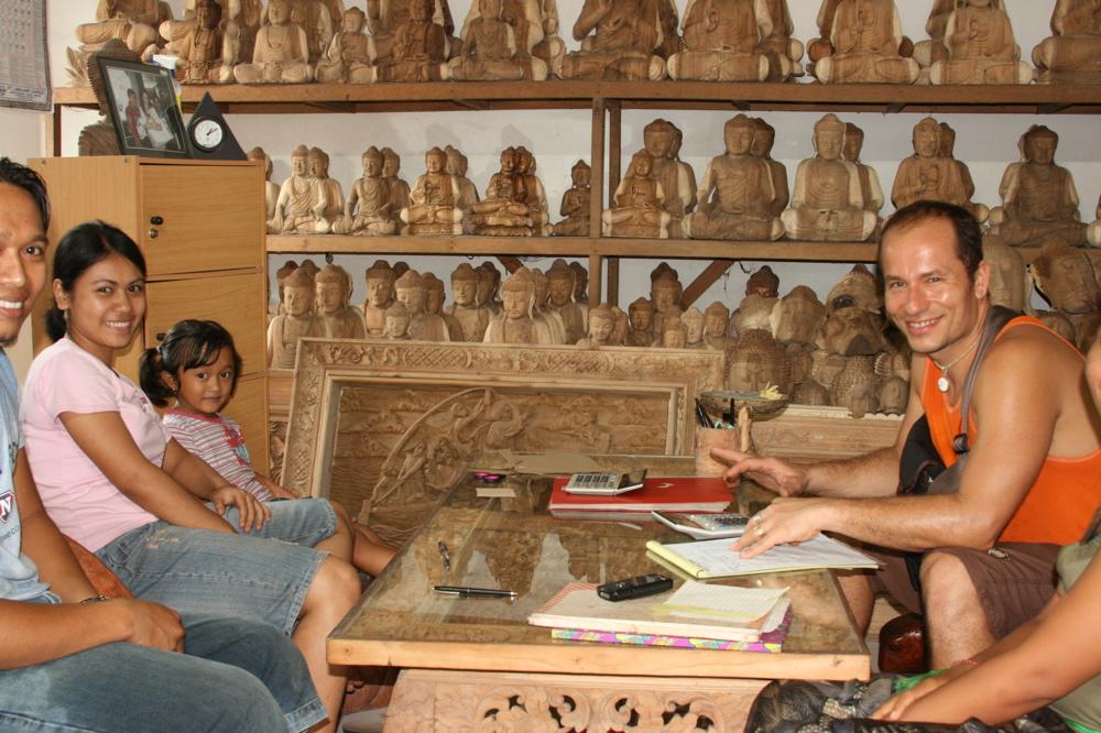 Art Gecko Shop!: Shopping in Bali, Indonesia