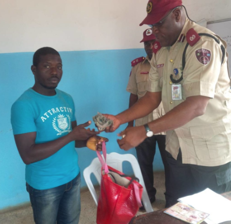 FRSC Returns N158,500 Out Of N278,500 Recovered From Accident Scene To Owners
