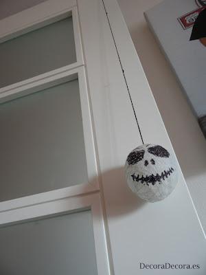 Cómo decorar las puertas en Halloween.