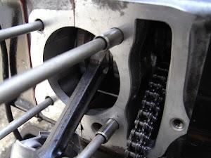 カブエンジンとノックピン