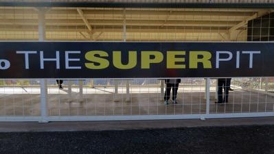 Super Pit Sign