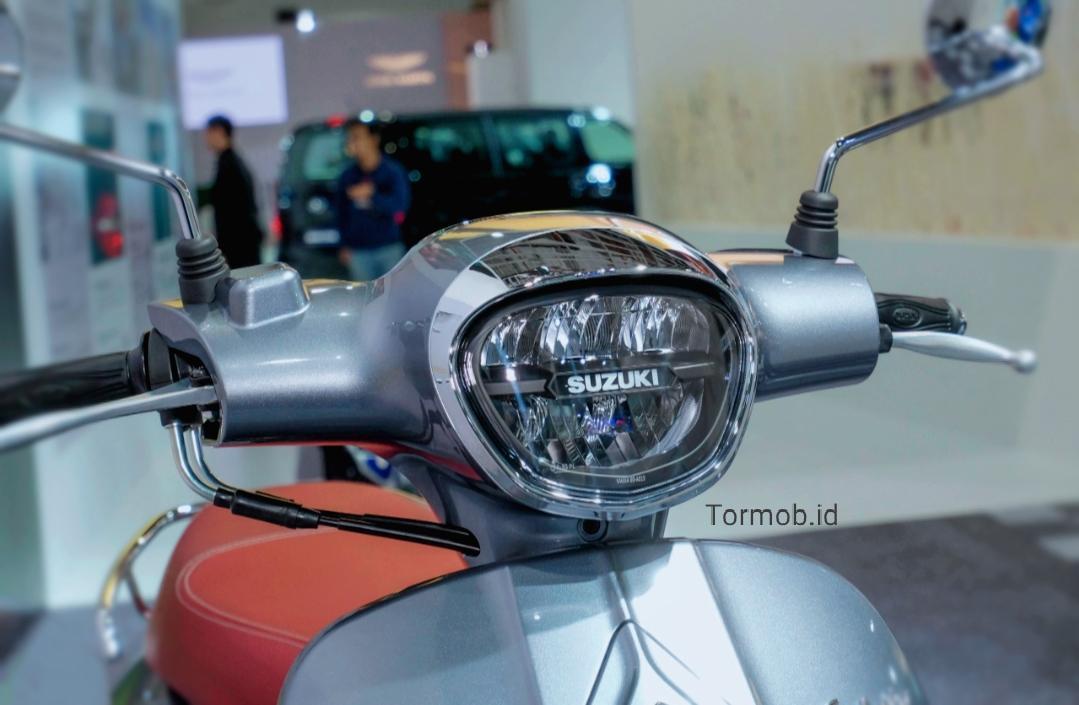 Tampilan lampu depan Suzuki saluto 125