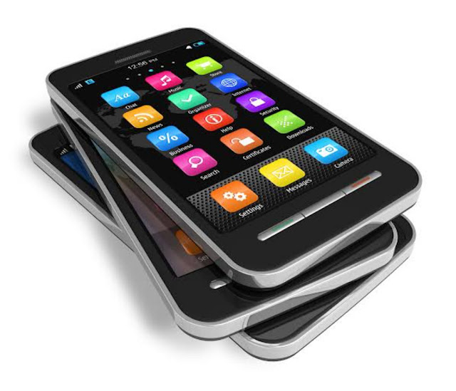 मोबाइल यूजर्स जरा ध्यान दें क्या आपके फ़ोन में एंड्रॉयड स्मार्टफोन की हैं ये 10 खास बातें -आपके पास - 10 Best Accessories for Android Smartphones
