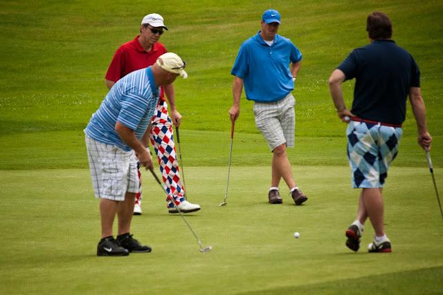 Golf - Men%2BGolfing.jpg