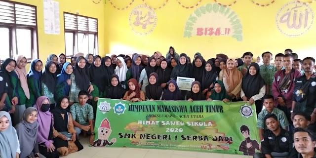 PELAJAR YANG TERGABUNG DALAM Himpunan Mahasiswa Aceh Timur (HIMAT) HARI INI JAK SAWEU SIKULA