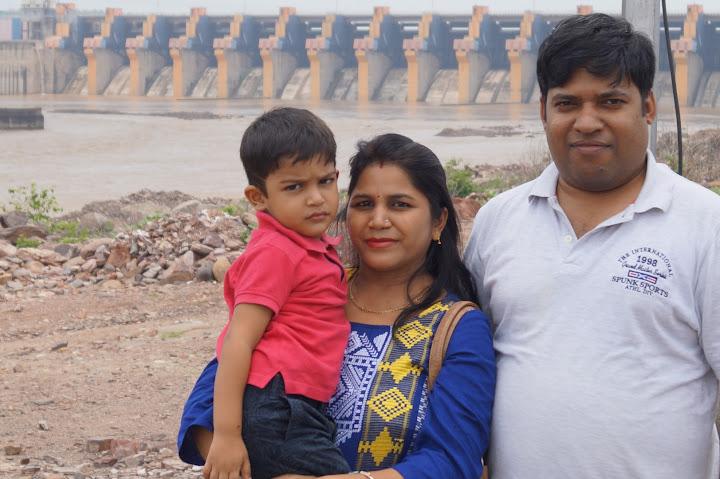 Omkareshwar and Hanmuntiya water resort - DSC06309.JPG