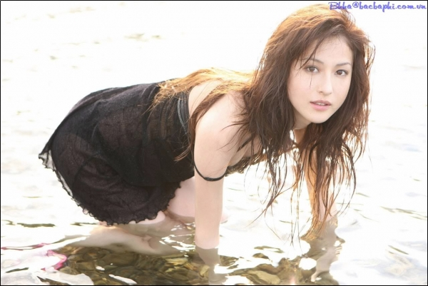 Yu-Takahashi - Click here to view Full Image