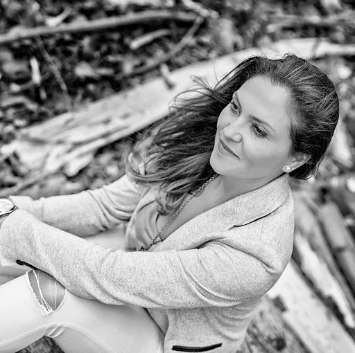 Mariana Lopez Photo 31