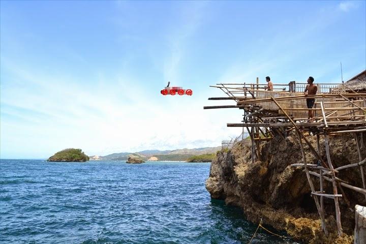 マジックアイランドの最高位置の10Mからジャンプするおっさんハポン(1)