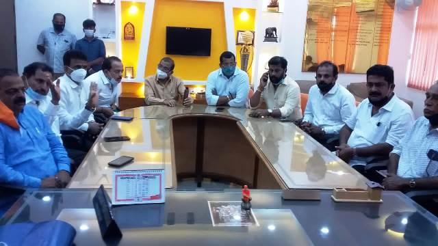VHP anger over notification | ಧಾರ್ಮಿಕ ಕಾರ್ಯಕ್ರಮಗಳಿಗೆ ಅನುಮತಿ ನೀಡದ ಸರಕಾರಿ ಆದೇಶಕ್ಕೆ ವಿಎಚ್ಪಿ ವಿರೋಧ