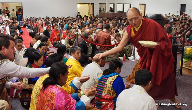 Tibetan Audience with HH Dalai Lama/HH Sakya Trizins Teaching in Portland, OR. - 07-cc%2BP5120257%2BB72.JPG