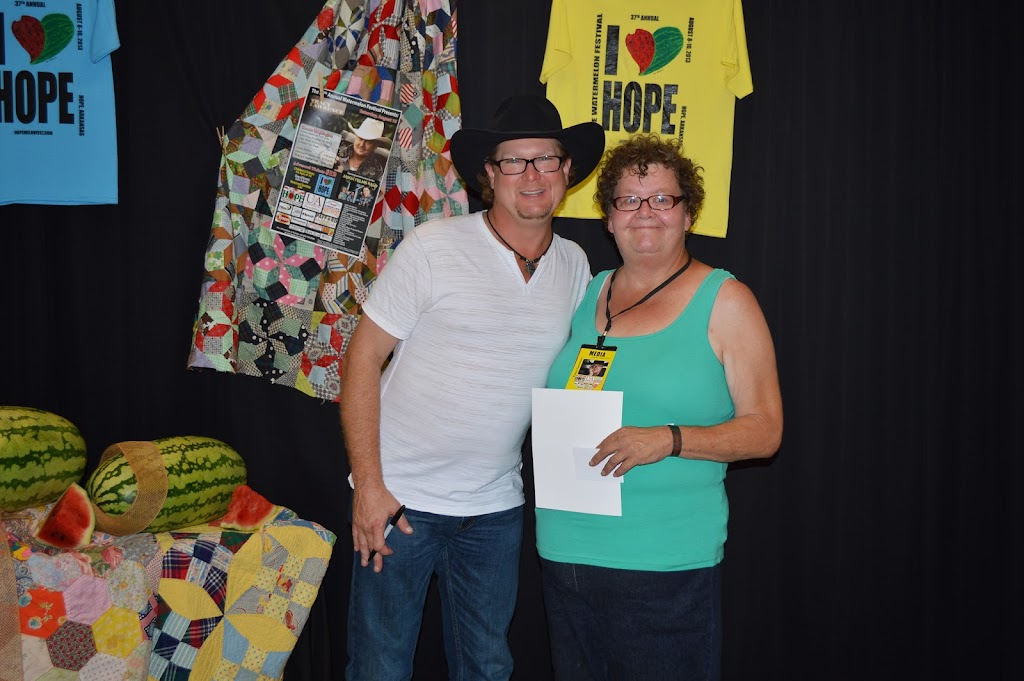 Tracy Lawrence Meet & Greet - DSC_2920.JPG