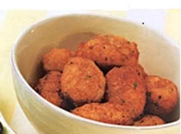Pasteis de Bacalhau (Codfish Fritters)
