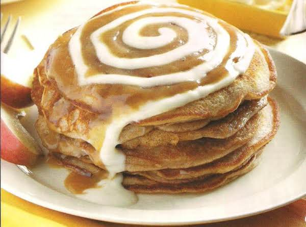 Cinnamon Roll Pancakes With Creamy Icing Recipe