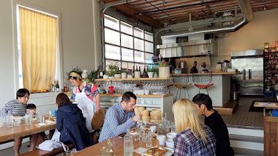 Han Oak restaurant interior space