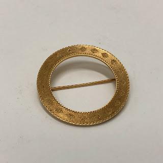 14 Kt. Gold Circular Brooch