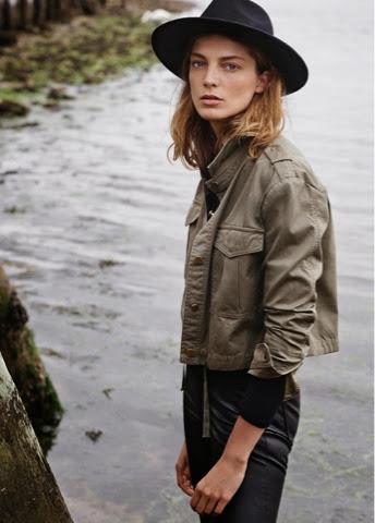 sombrero, chaqueta caqui