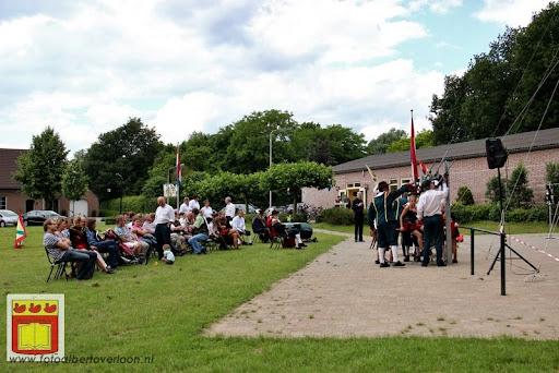 Koningschieten Sint Theobaldusgilde overloon 01-07-2012 (28).JPG