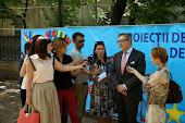 Proiecții de film european și spoturi video despre asistența UE