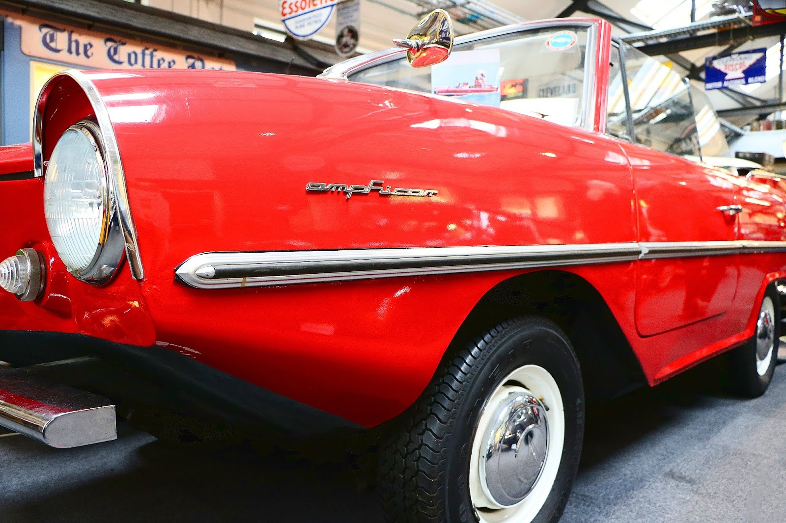 1966 Amphicar.jpg