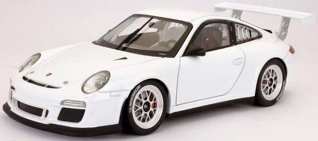 Hình ảnh tinh tế bắt mắt của chiếc xe mô hình Porsche 911 GT3 Cup tỷ lệ 1/18