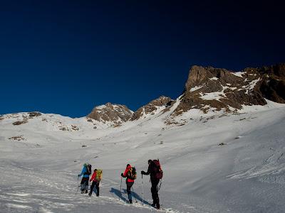 Avancem per la Vall de Llardaneta
