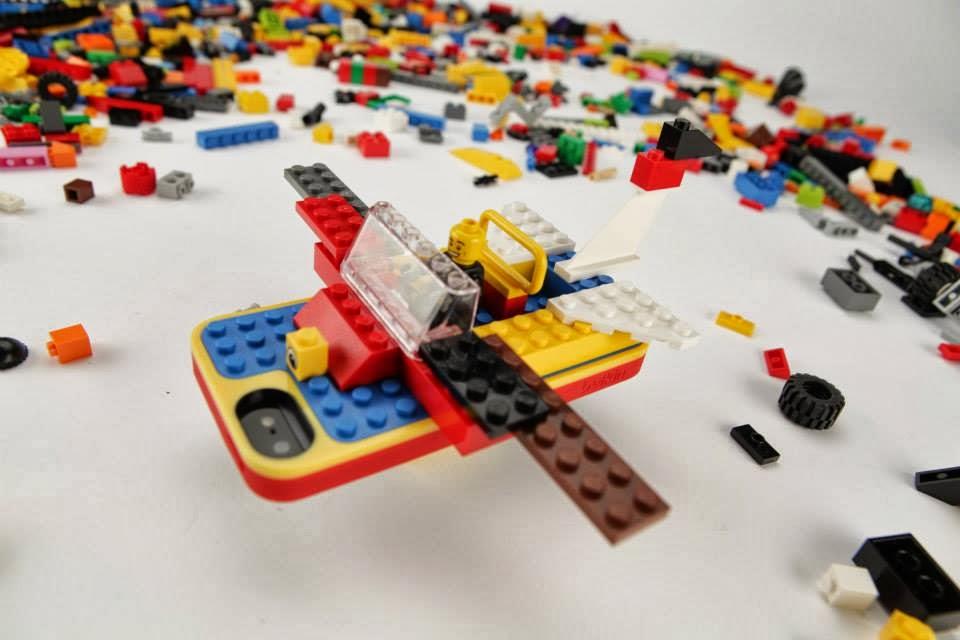 #智慧手機的歡樂聚會:LEGO x belkin iPhone 5 protective builder case 1