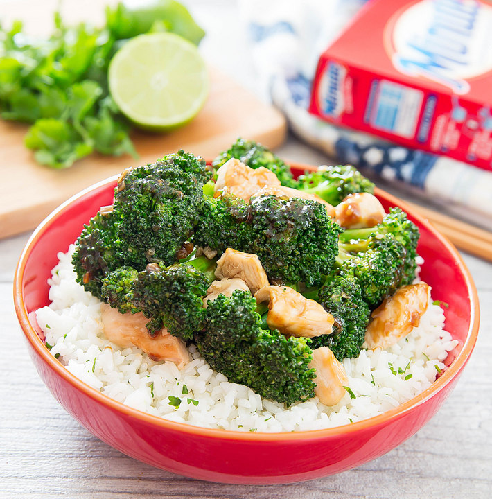 Garlic Chicken and Broccoli Stir Fry with Cilantro Lime Rice (and a Giveaway!)