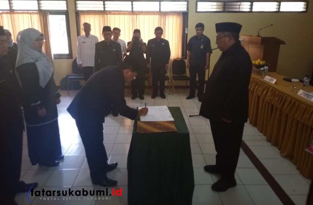 Bupati Sukabumi Lantik 100 Kepala Sekolah Dasar