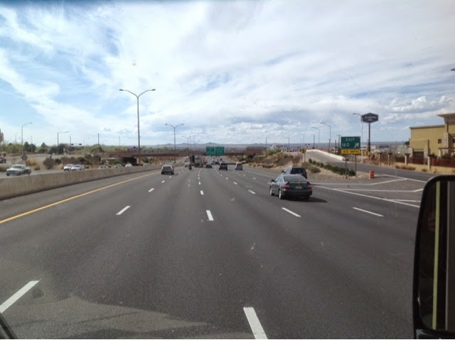 I-40 freeway entering Alburquerque