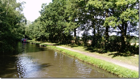 2 nr fradley village enjoy the peace while you can