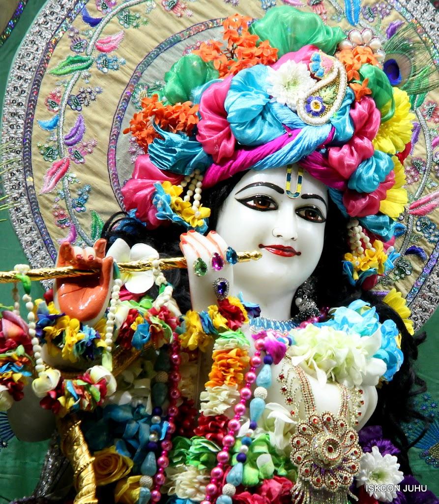 ISKCON Juhu Sringar Deity Darshan on 26th Aug 2016 (24)