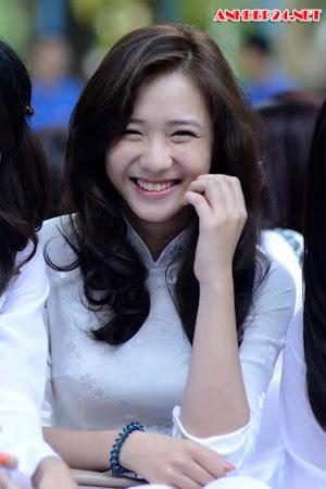 Điểm Danh 10 Hot Girl Có Gương Mặt Xinh Đẹp Nhất Việt Nam