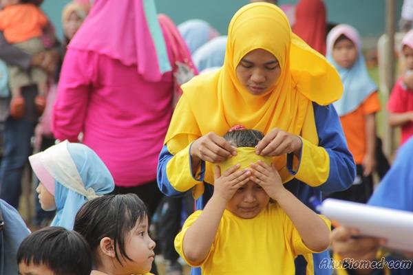 guru bantu anak murid