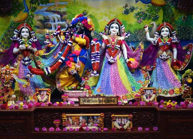 ISKCON Nasik Deity Darshan 20 Jan 2017 (1)