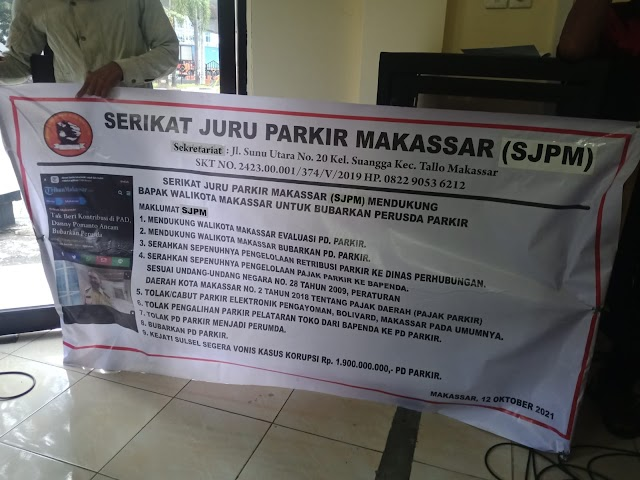 Juru Parkir di Makassar Protes Penarikan Retribusi di DPRD Makassar