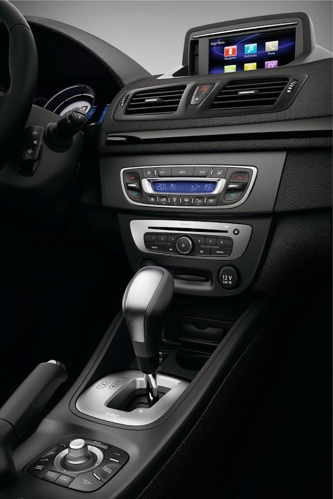 2014-Renault-Megane-CC-7