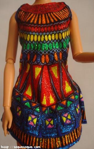 Diseños OOAK DIY by Taque-Taque para Barbie Fashionista: primer plano del vestido