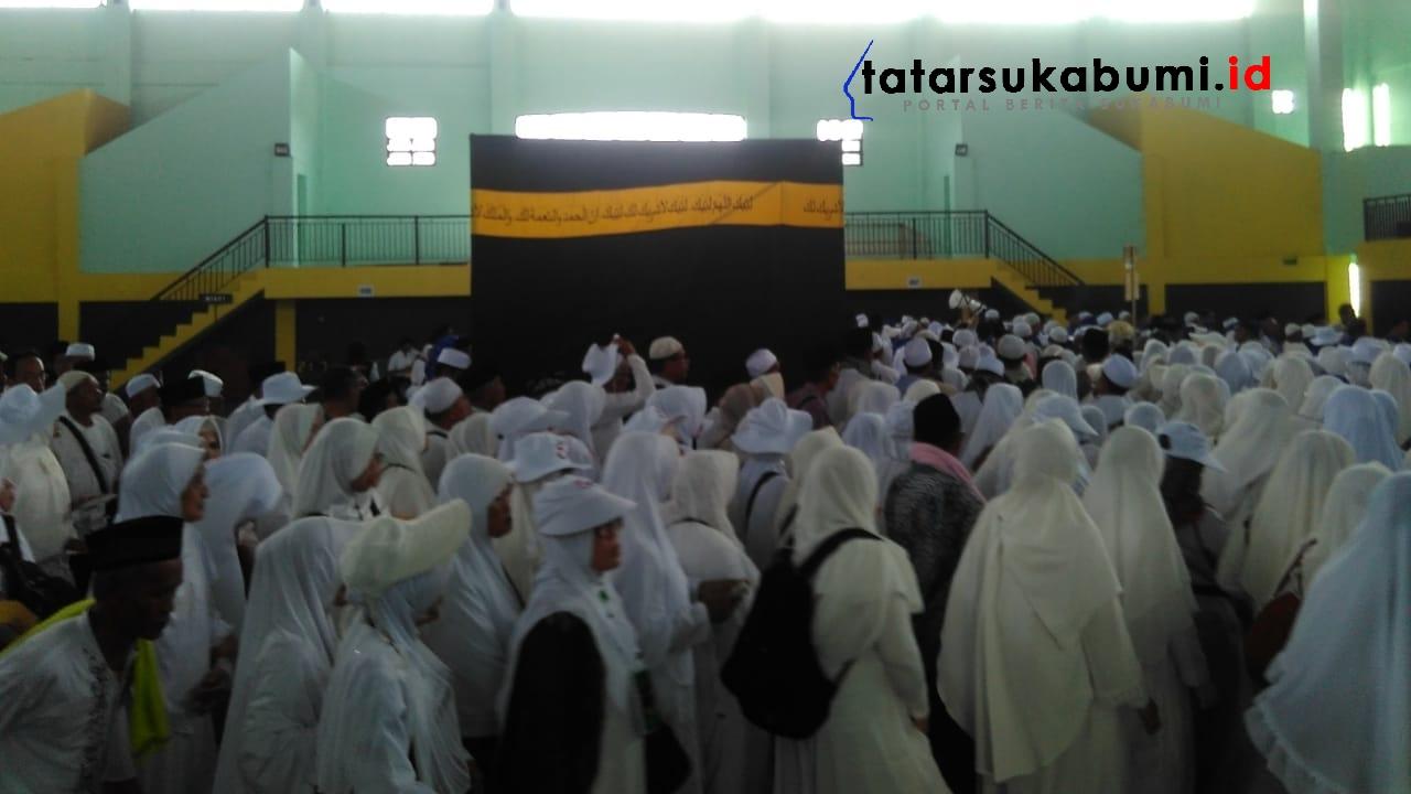 Manasik Massal 1625 Calon Haji Sukabumi