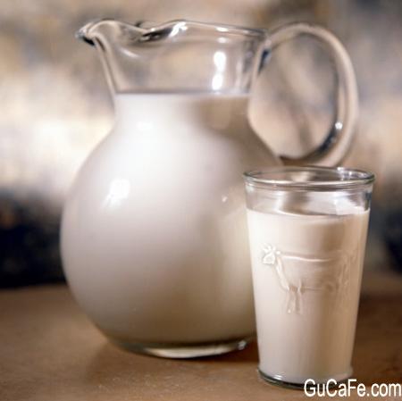 Cách tạo bọt sữa chuẩn để làm capuccino